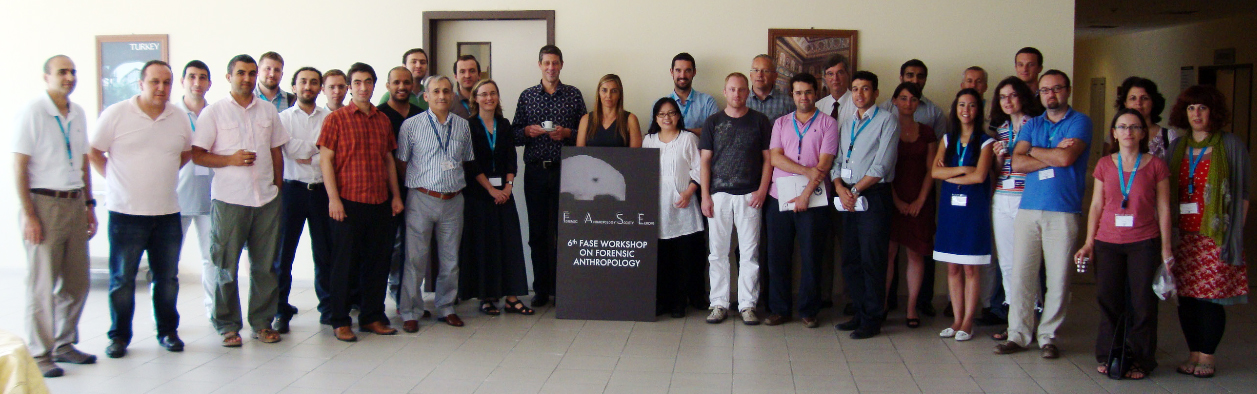 Lecturers and Participants of a past edition.